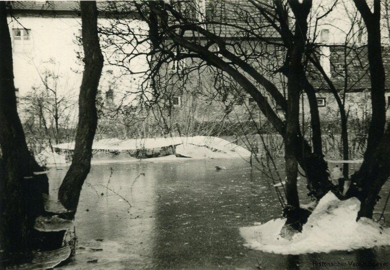 624-garten-1955-hochwasser-file0277